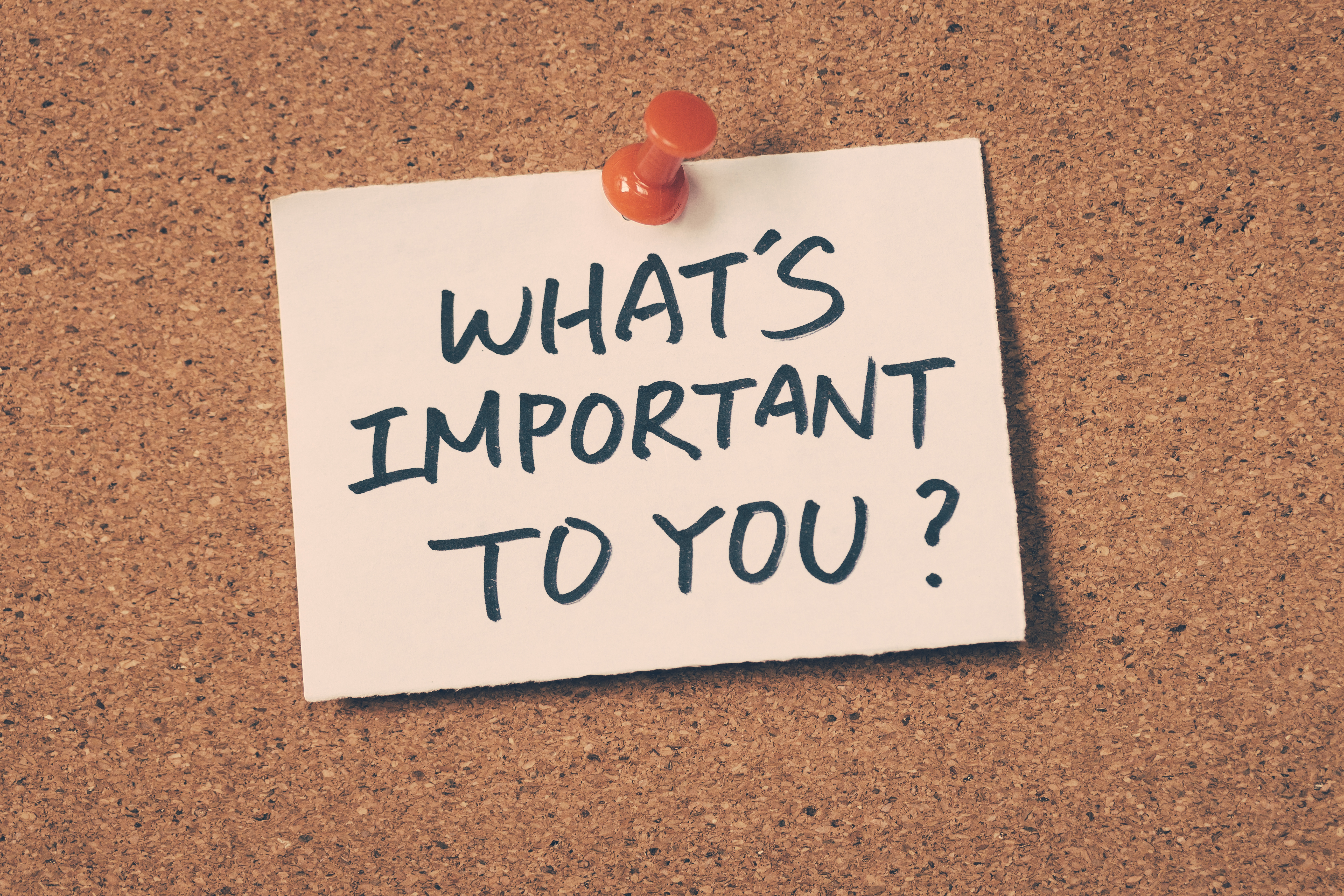 what's important to you note pinned on the bulletin board
